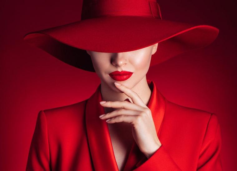 روانشناسی رنگ قرمز - اثر قرمز تیره